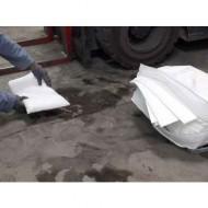 Kit di intervento per idrocarburi