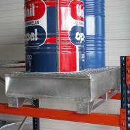 Vasca di ritenzione zincata con pattini per 2 fusti  220 L con griglia.
