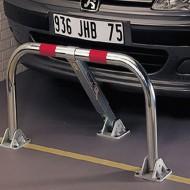 Barriera di parcheggio pieghevole indeformabile