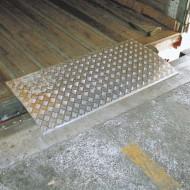 Rampe di carico amovibili per piccoli sbalzi