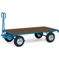 Rimorchio con piattaforma e ruote gonfiabili